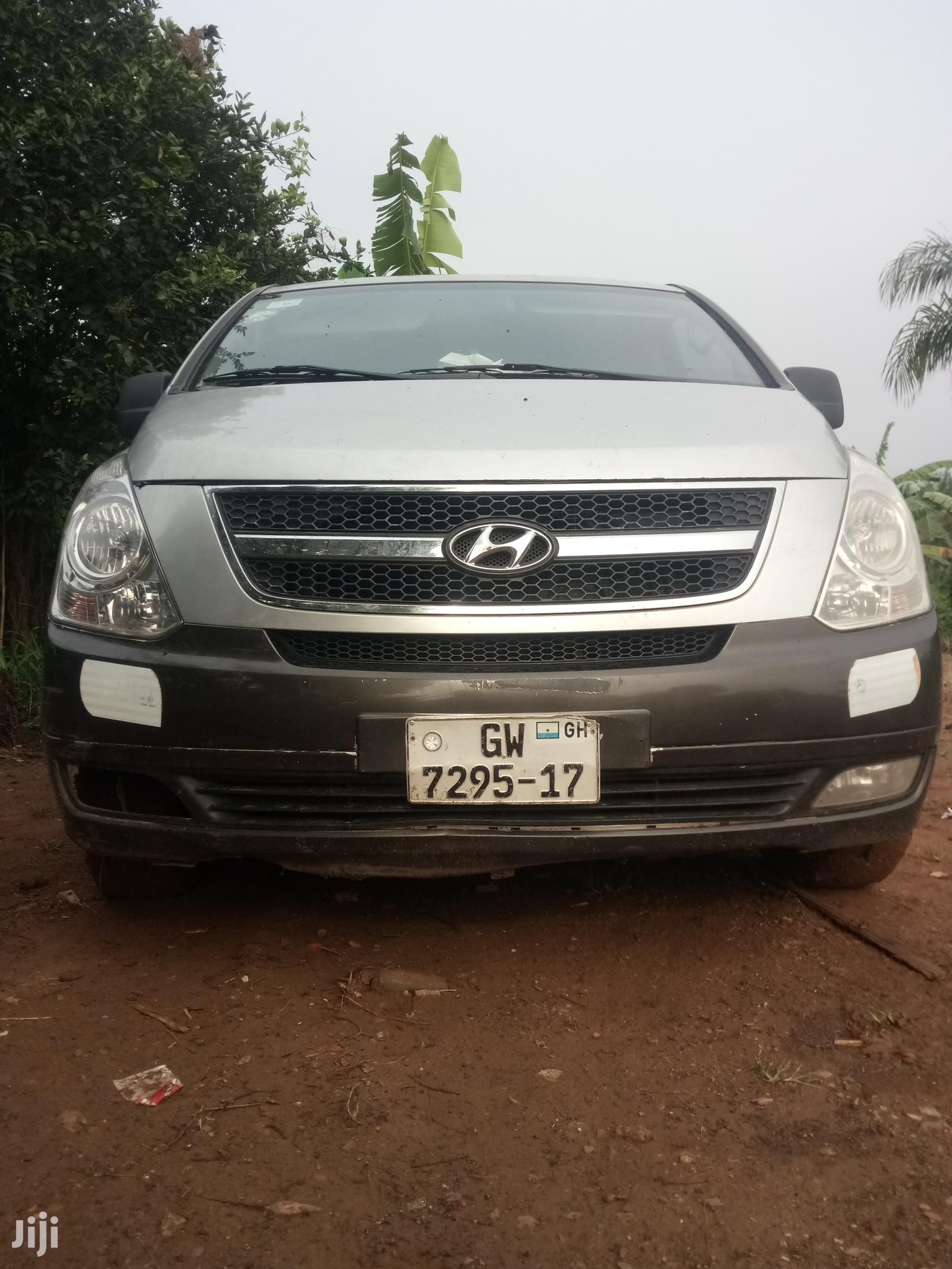 Archive: Hyundai H100 2010 Silver
