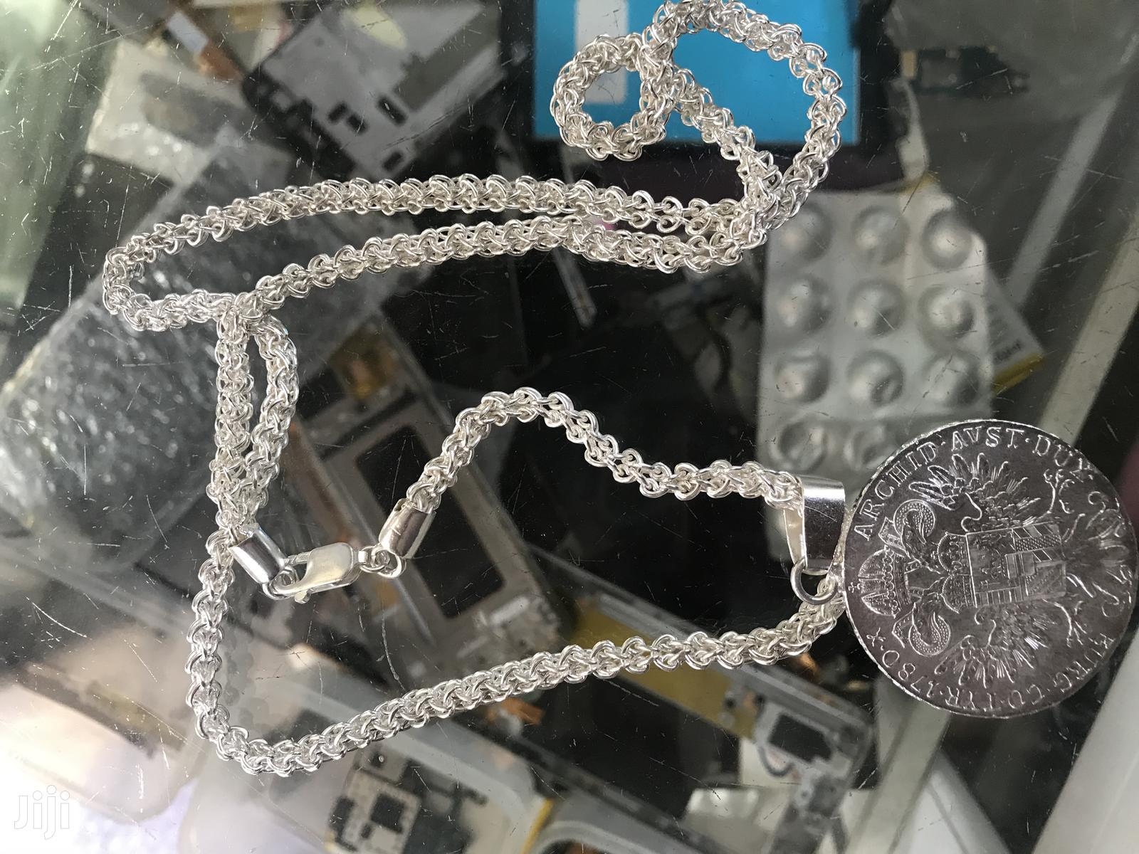Archive: Silver Chain