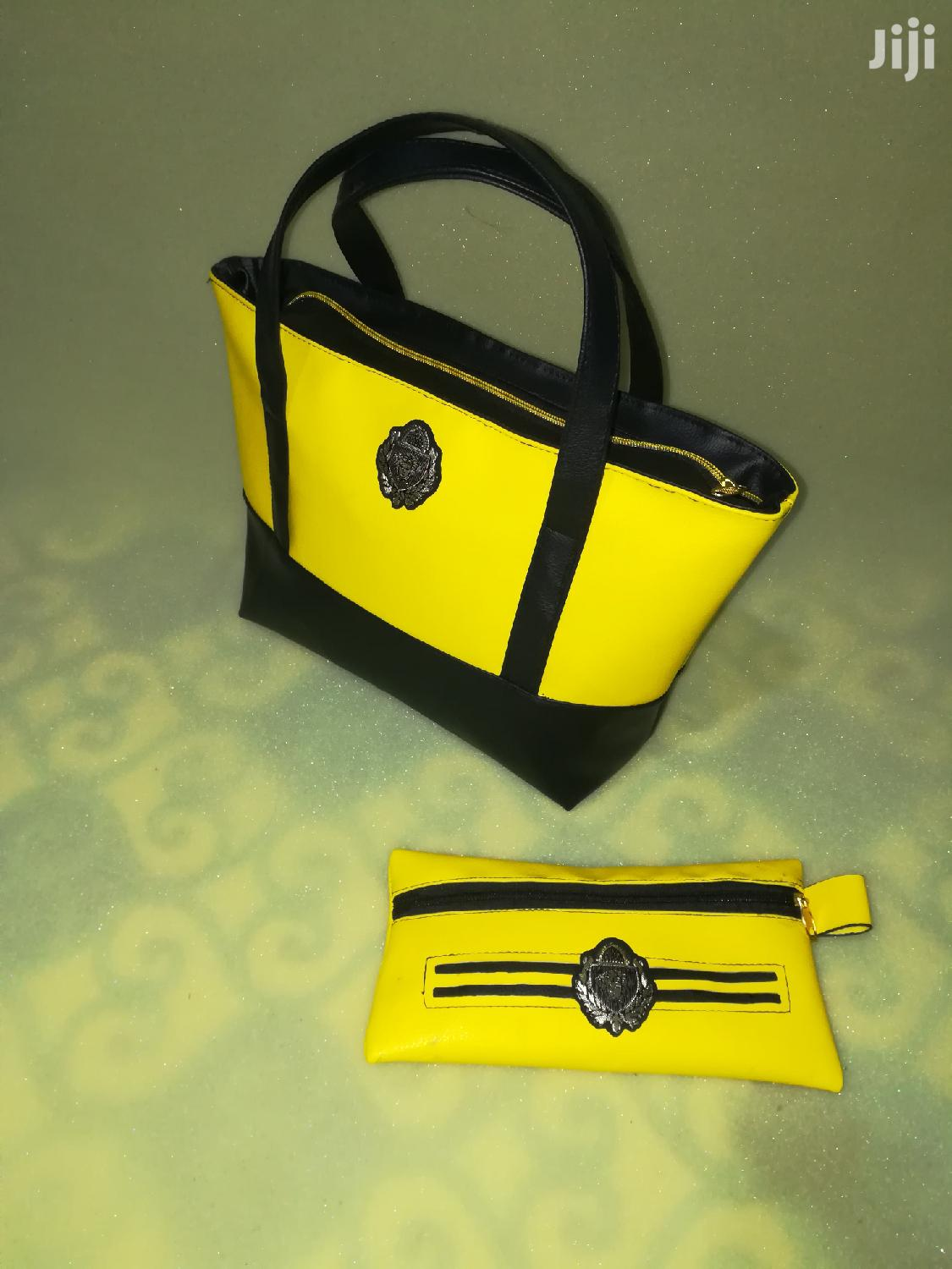 Cute Yellow/Black Handbag