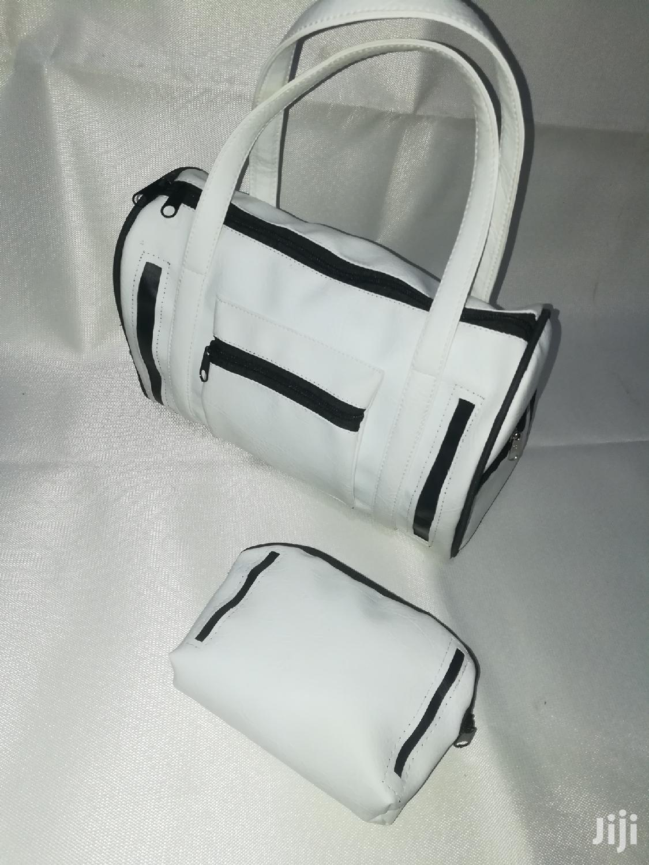 Quality White/Black Ladies Handbag | Bags for sale in Achimota, Greater Accra, Ghana