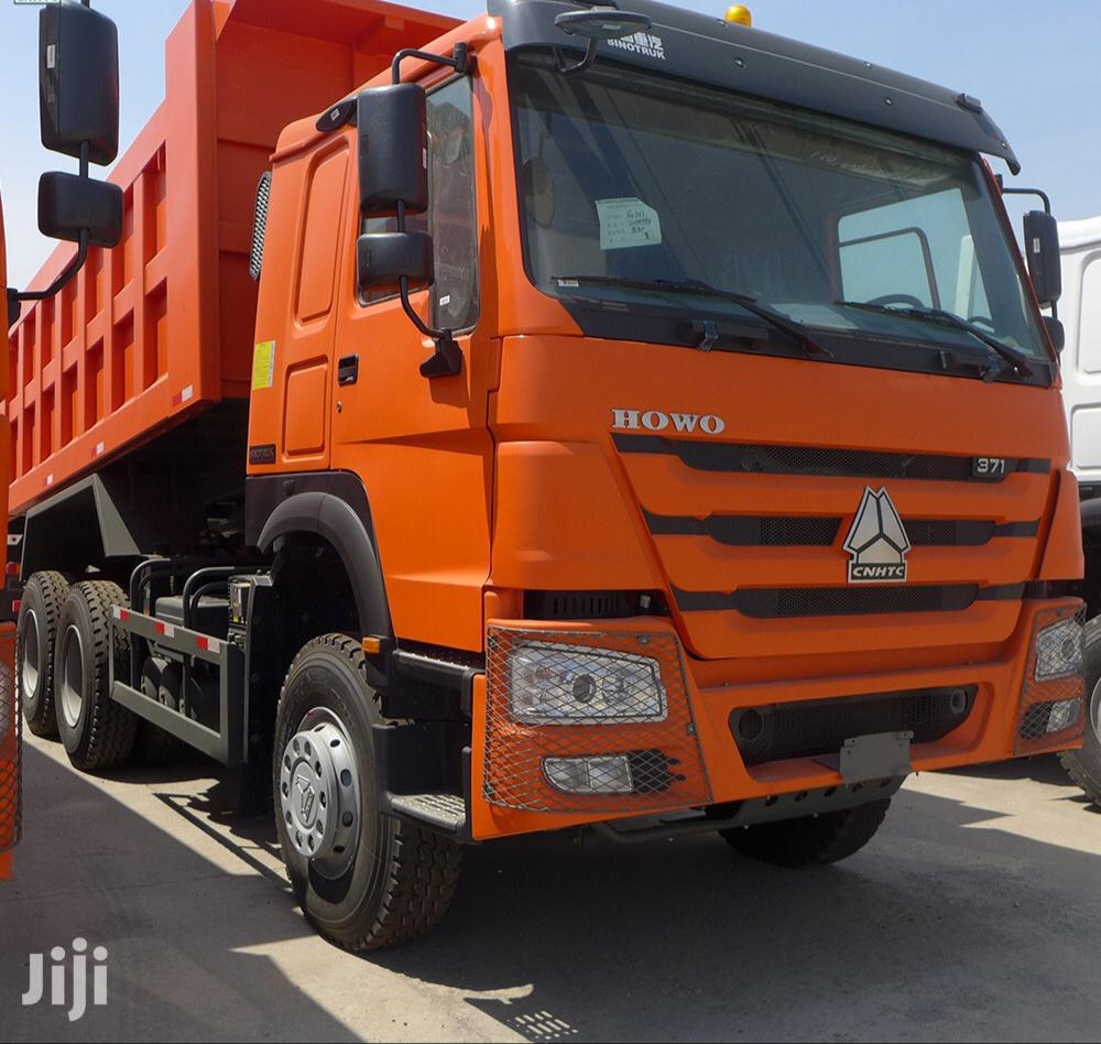 Sinotruck Howo 8x4 Tipper Truck LHD | Trucks & Trailers for sale in Tema Metropolitan, Greater Accra, Ghana