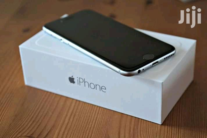 New Apple iPhone 6 32 GB Silver