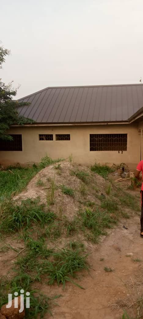 9 Rooms, 9 Washrooms House For Sale Near Airport | Houses & Apartments For Sale for sale in Sunyani Municipal, Brong Ahafo, Ghana