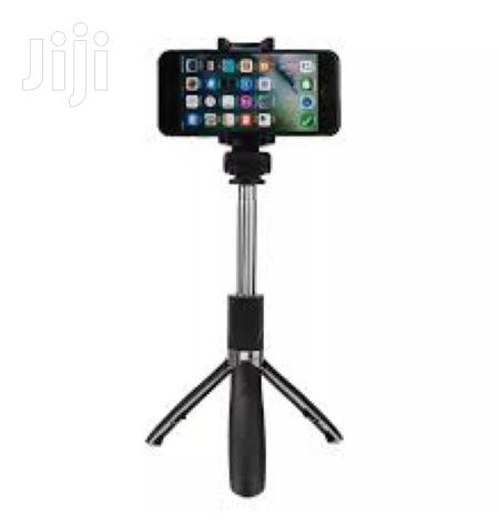 Selfie Stick Stand With Remote And Holder For All Phones