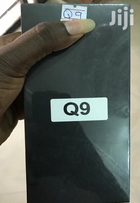 New LG Q9 64 GB Black