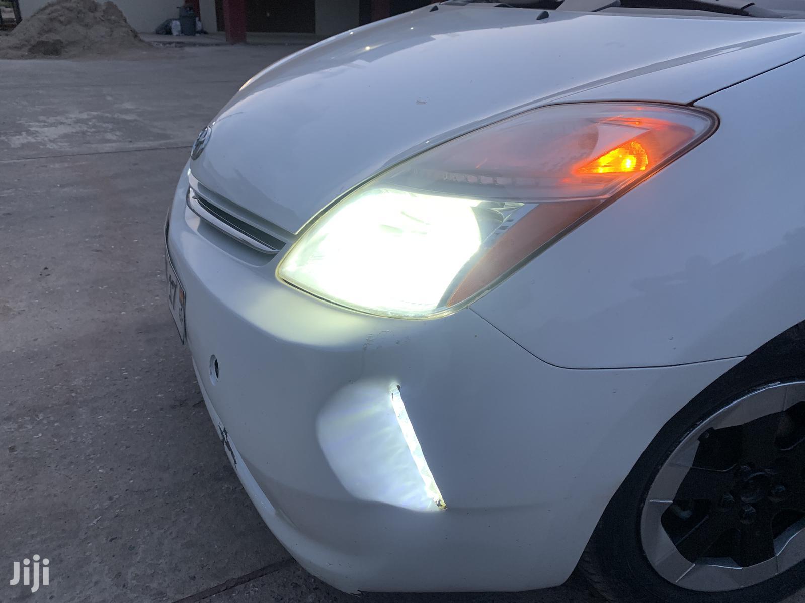 Archive: Toyota Prius 2009 Liftback