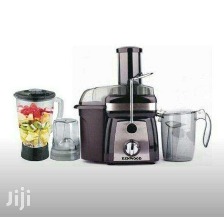 Archive: Juice Extractor 4 In 1