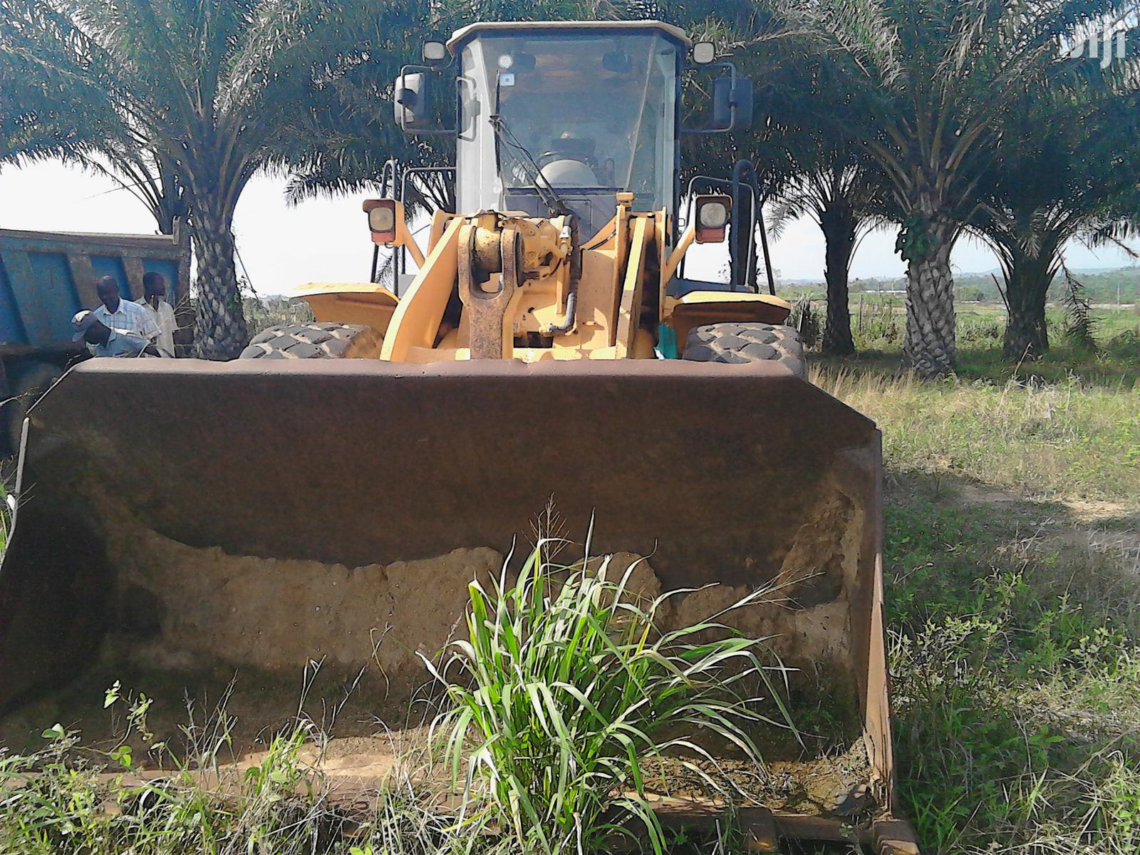 Slightly Used Hyundai Wheel Loader For Sale | Heavy Equipment for sale in Ga West Municipal, Greater Accra, Ghana