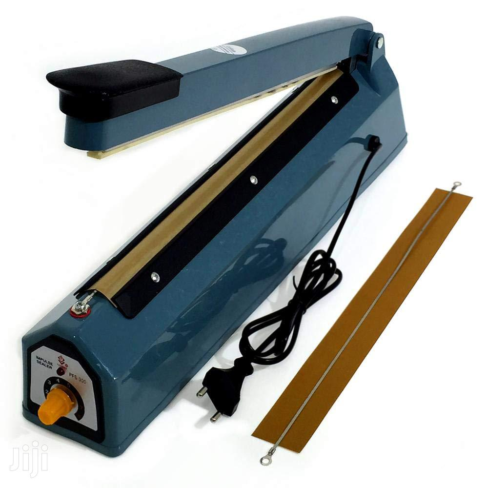 Rubber Sealing Machine 16 Inches   Manufacturing Equipment for sale in Accra Metropolitan, Greater Accra, Ghana