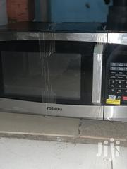 TOSHIBA Microwave Made In USA   Kitchen Appliances for sale in Greater Accra, Tema Metropolitan