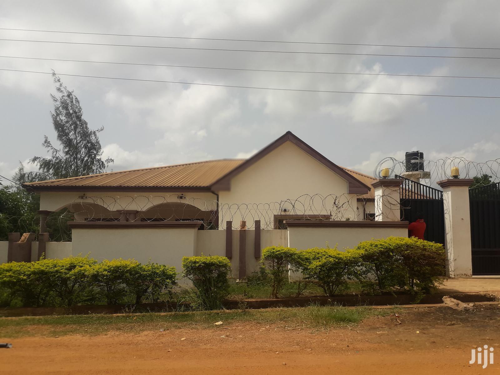 Beautiful House In Fumesua, Kumasi   Houses & Apartments For Rent for sale in Kumasi Metropolitan, Ashanti, Ghana