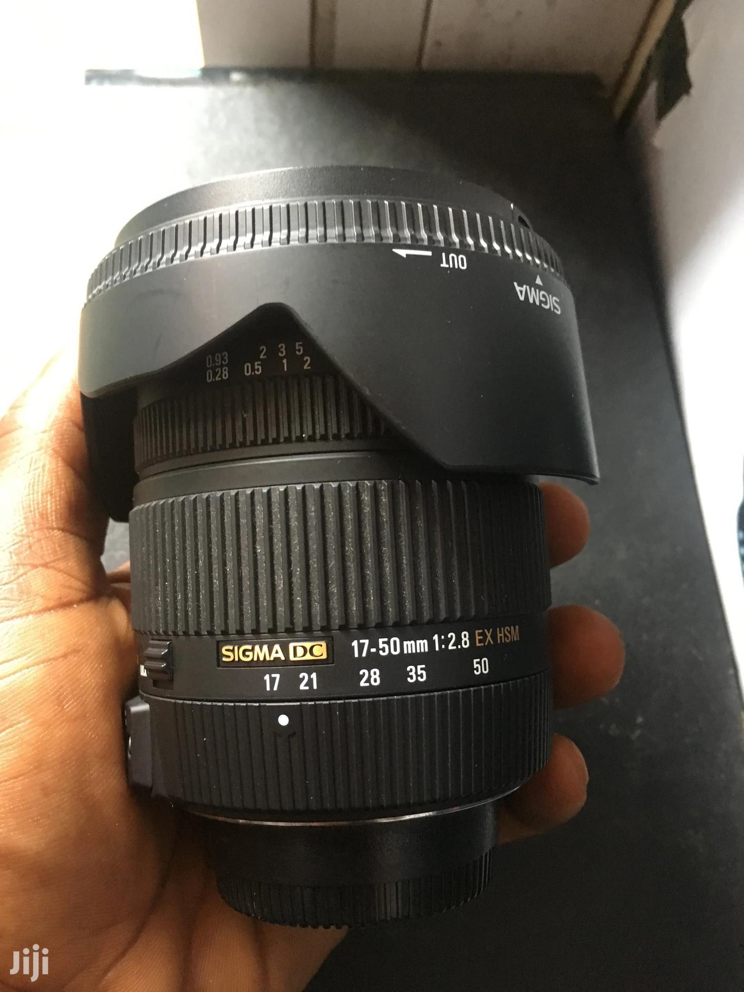 Archive: Nikon Lens 17-50mm Sigma F Top 1.8