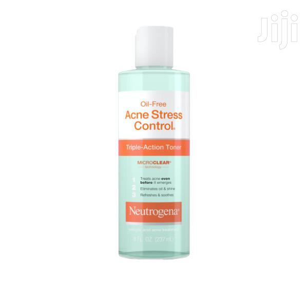 Neutrogena Oil-Free Acne Stress Control Triple-Action Toner 237ml