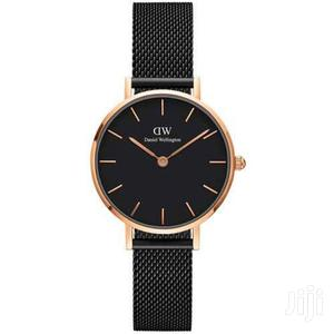 Daniel Wellington (DW) Watch Comes In A Box Very Affordable