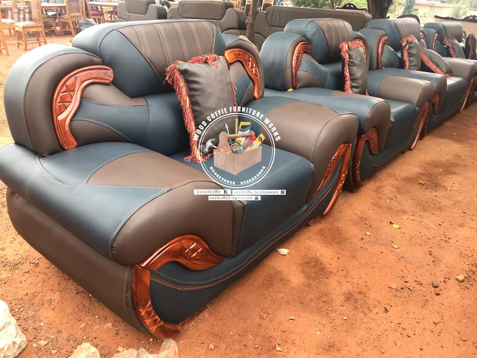 Quality Leather Room Set