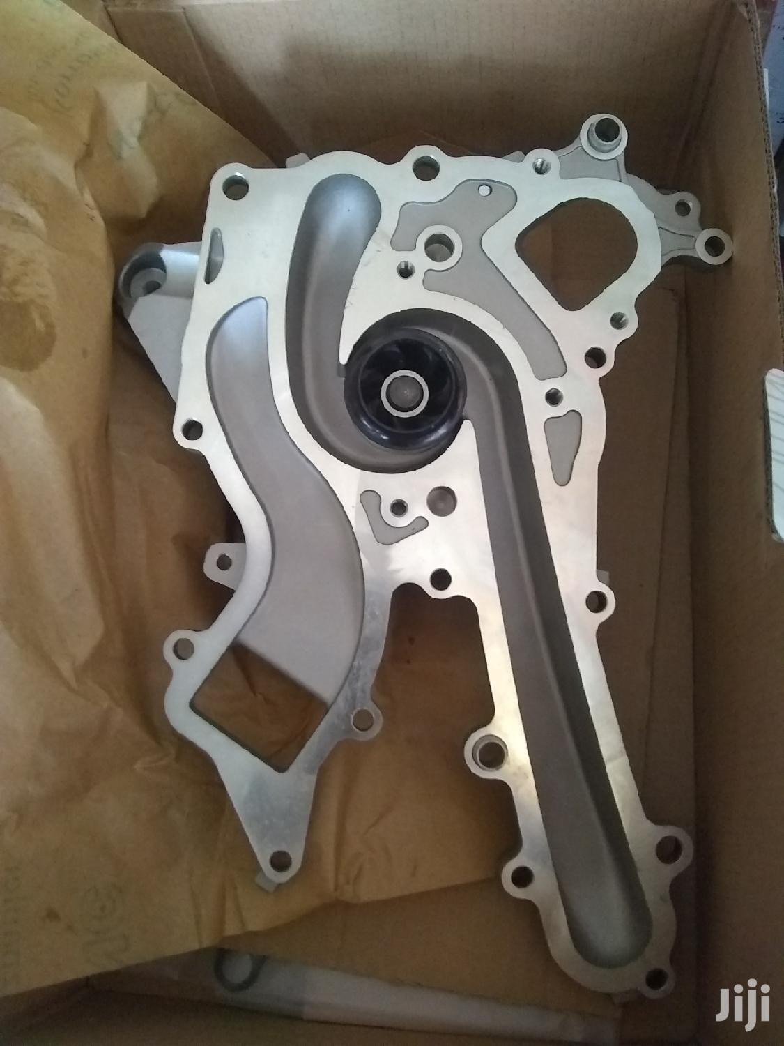 Mercedes Benz 276 Engine Water Pump | Vehicle Parts & Accessories for sale in Kokomlemle, Greater Accra, Ghana