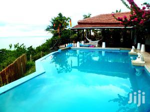 Luxurious Beachfront House For Sale