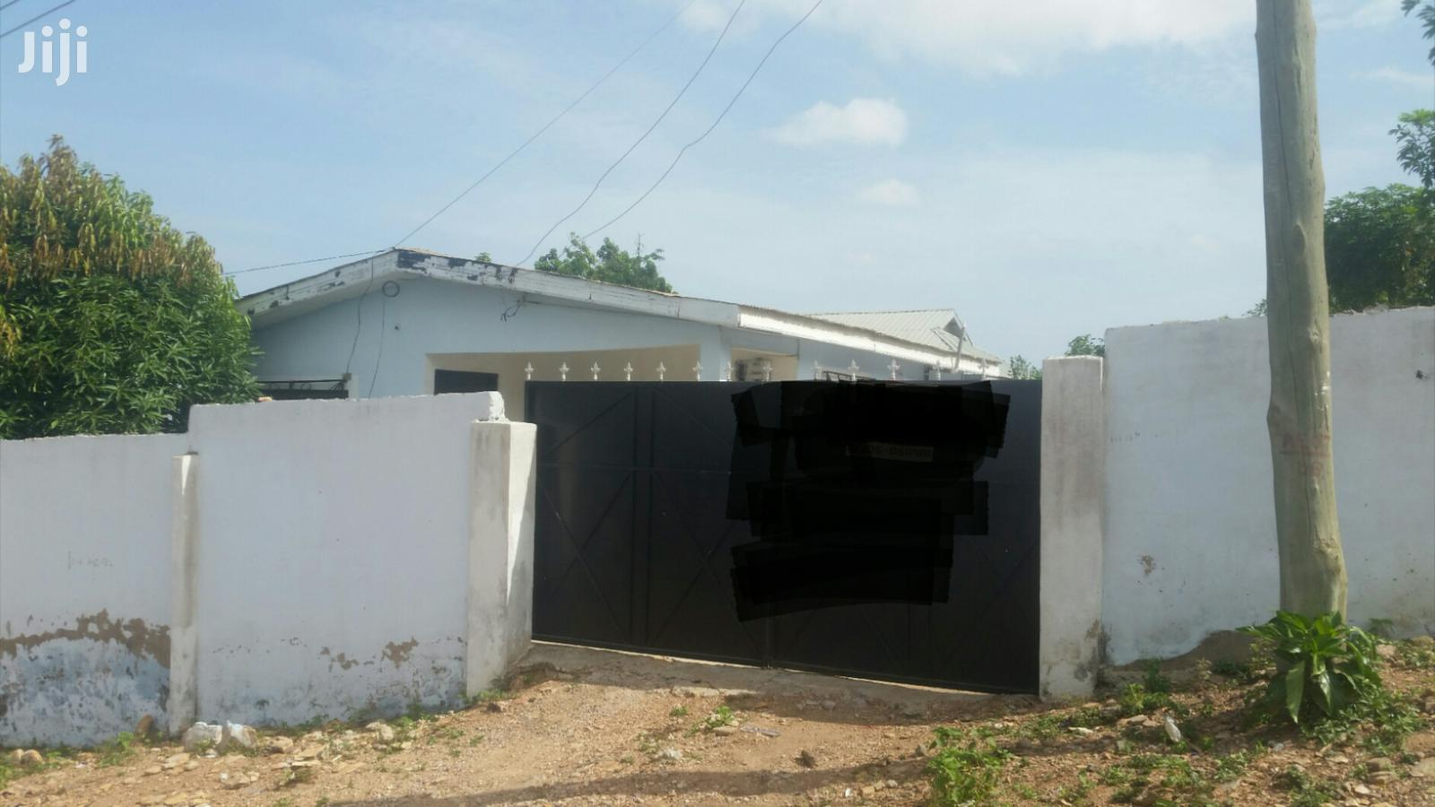 A Cool 2 Bedroom Self Contain at Ashongman Estate for Sale.