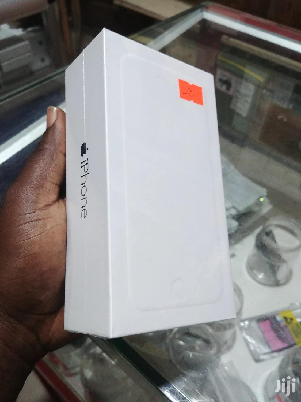 New Apple iPhone 6 64 GB