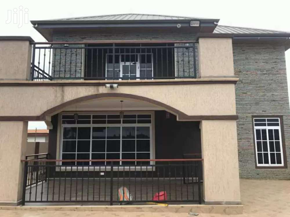 EXECUTIVE 4 BEDROOMS 1 BQ HOUSE FOR SALE AT ASHLEY BOTWE FOR 340.000$