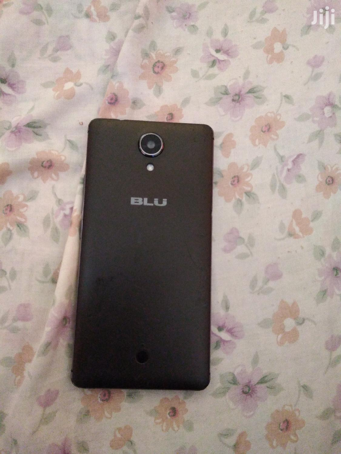 Archive: BLU R1 HD 16 GB Black
