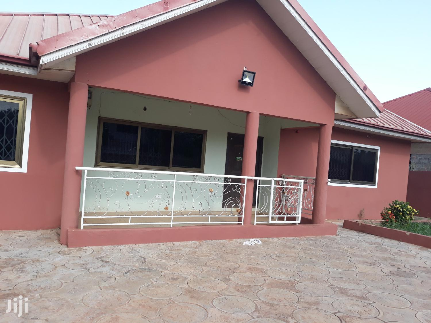3 Bedroom House For Rent At Oyibi. | Houses & Apartments For Rent for sale in Adenta Municipal, Greater Accra, Ghana