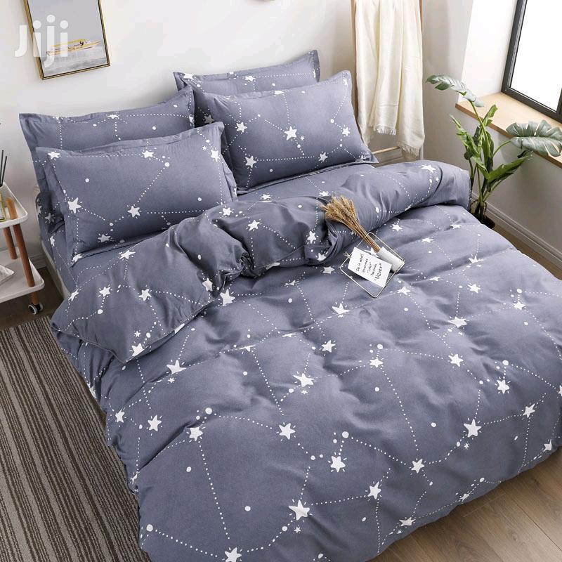 Classic And Fashion Bedding Set(1-duvet,1-sheet,3-pillows Case)