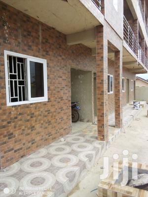 Single Room Self Contained At Abgobga Adwinsa