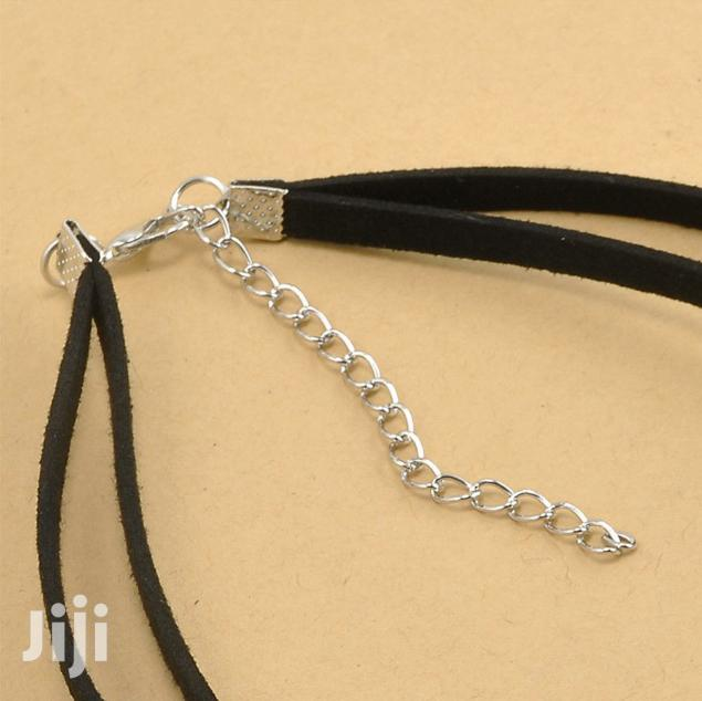 Archive: Vintage Gothic Black Lace Retro Choker Collar Bib Necklace Charm Penda