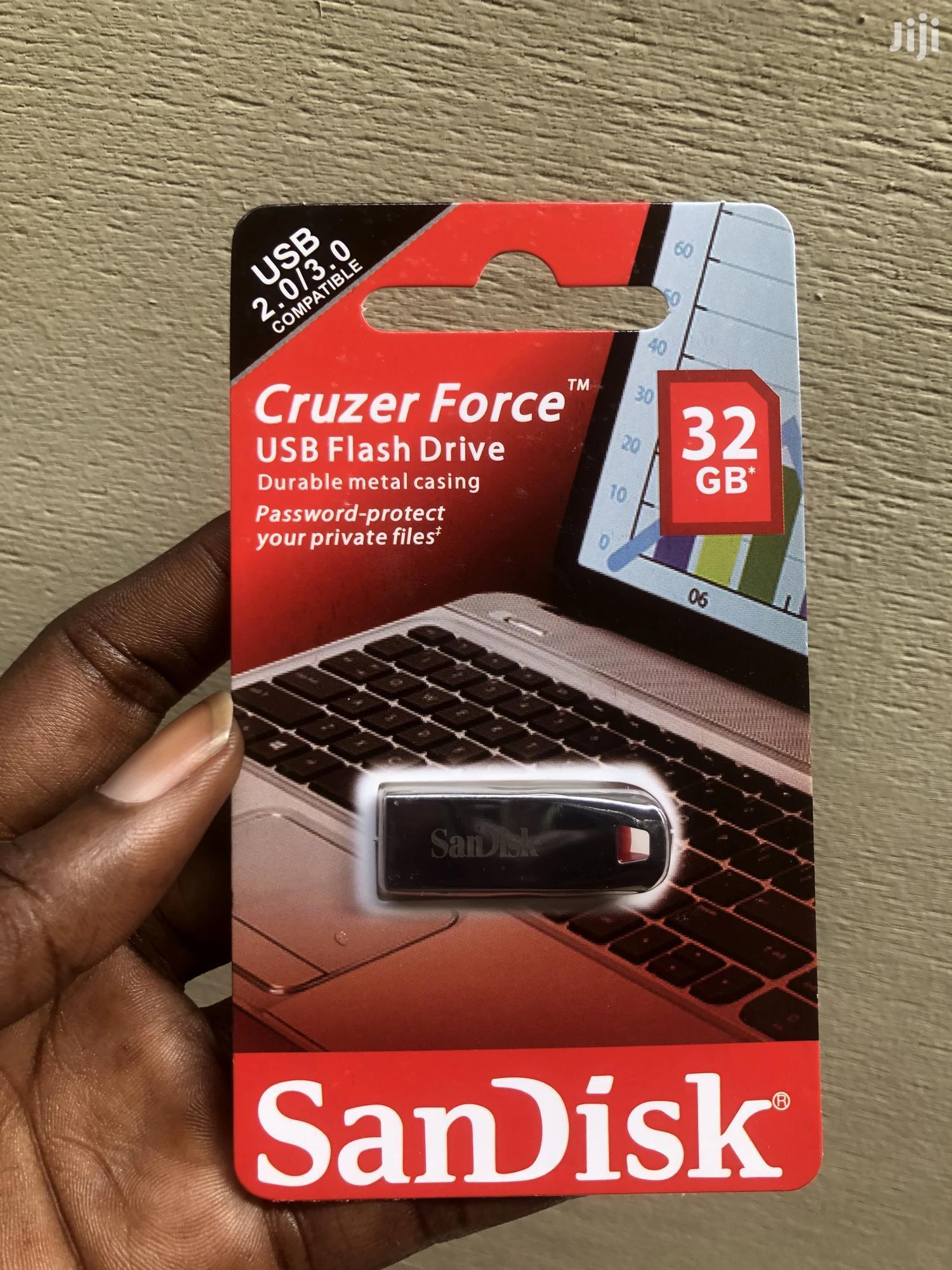32GB Metallic Sandisk Pen Drive