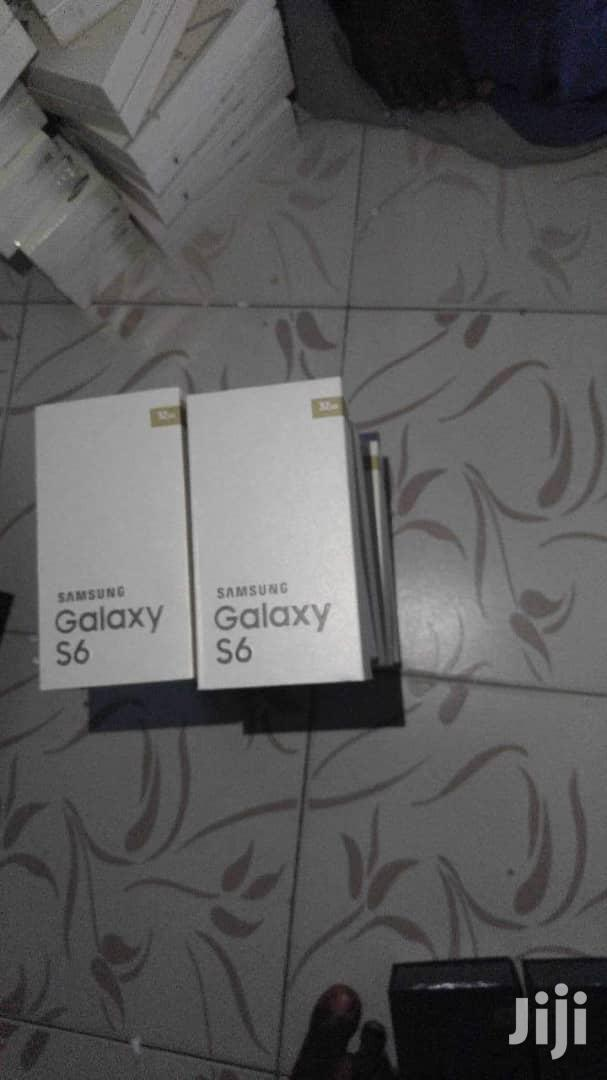 New Samsung Galaxy S6 32 GB