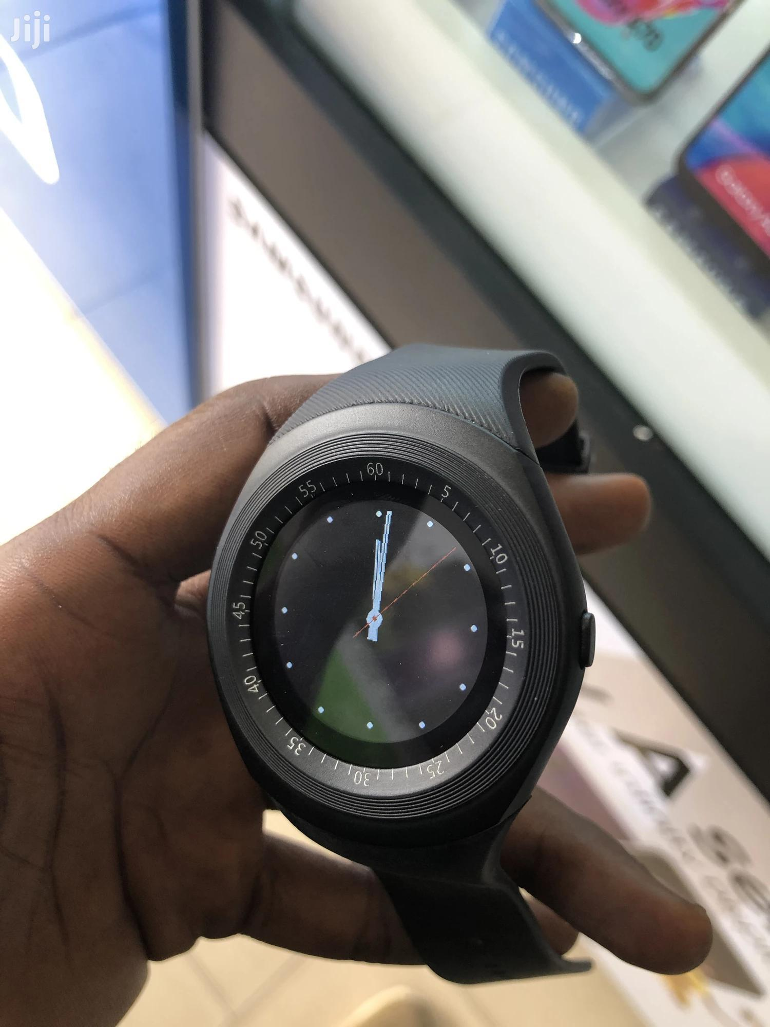 Round Face Smart Watch Phone With Memory Card Support | Smart Watches & Trackers for sale in Adabraka, Greater Accra, Ghana