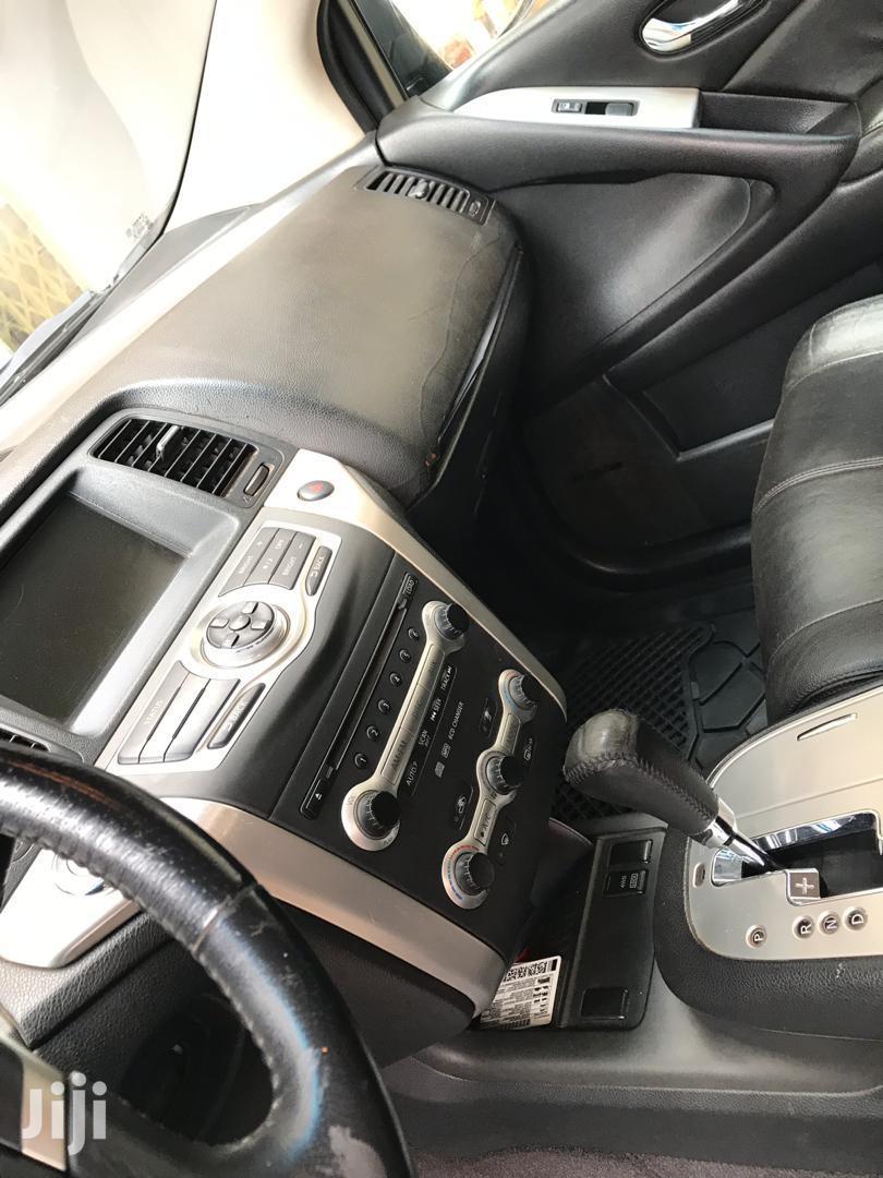 Archive: Nissan Murano 2010 LE Black