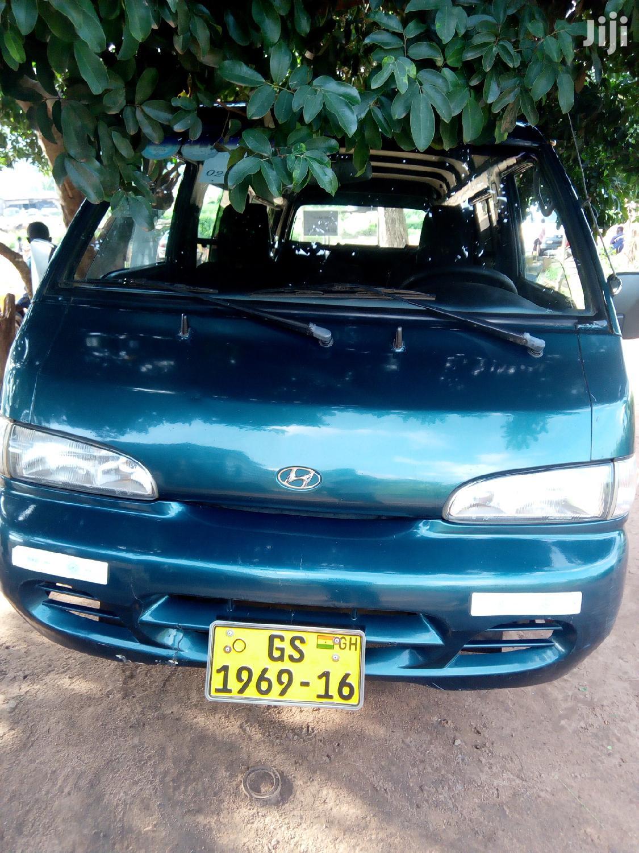 Archive: Hyundai H100 2004 Green