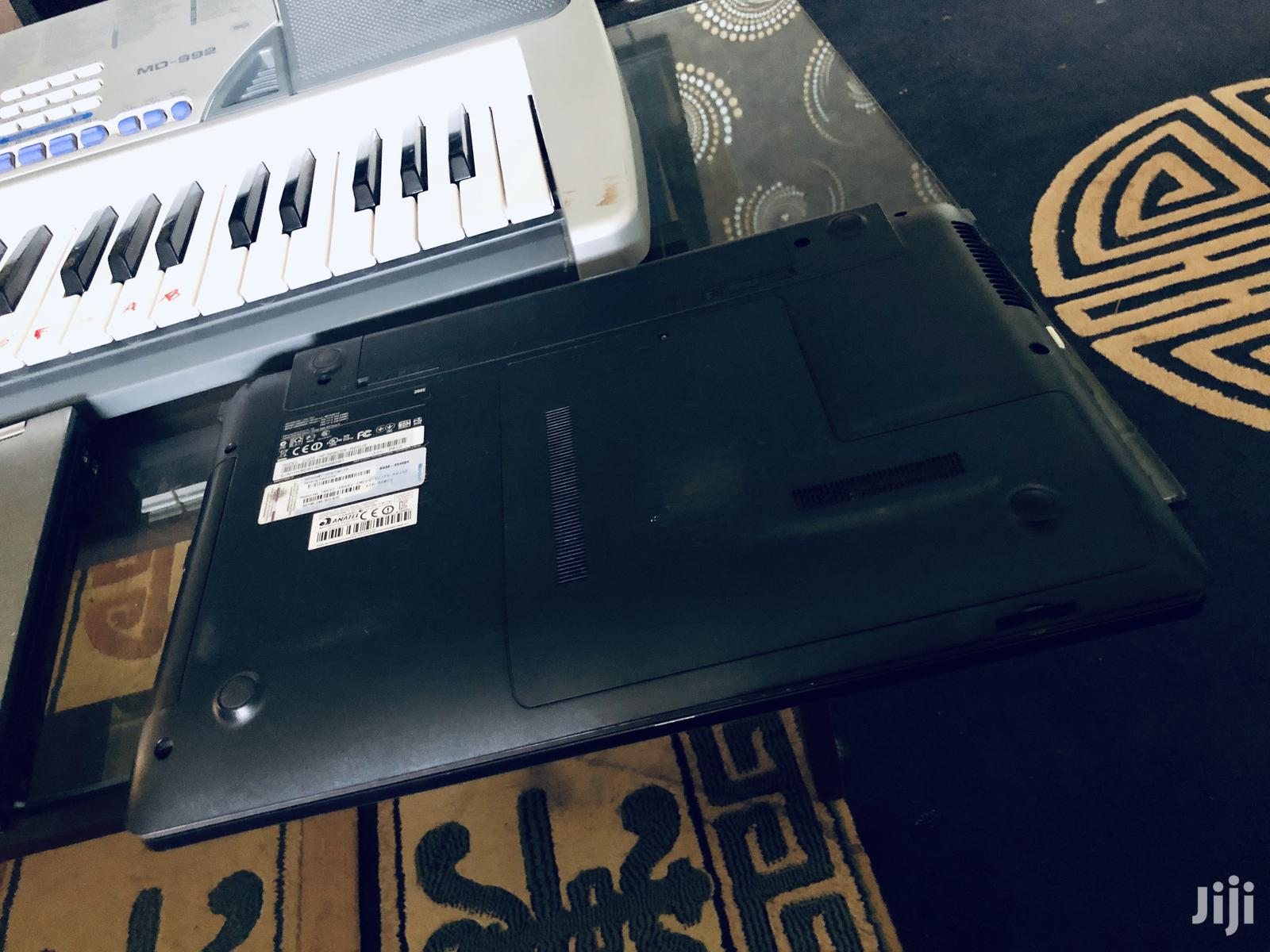 Archive: Laptop Samsung NP N100S 4GB Intel Core i3 HDD 250GB