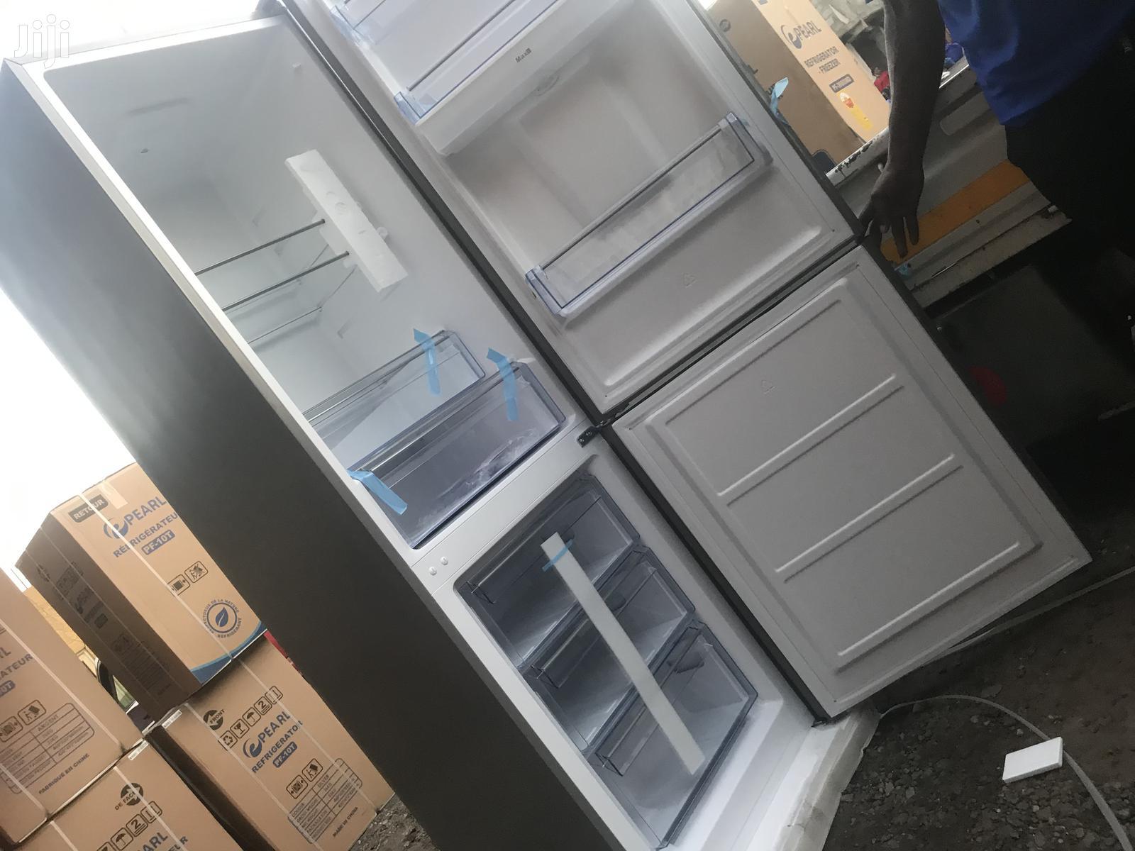 Water Dispenser Pearl 309L Bottom Freezer Refrigerator(Black)PF-400bg