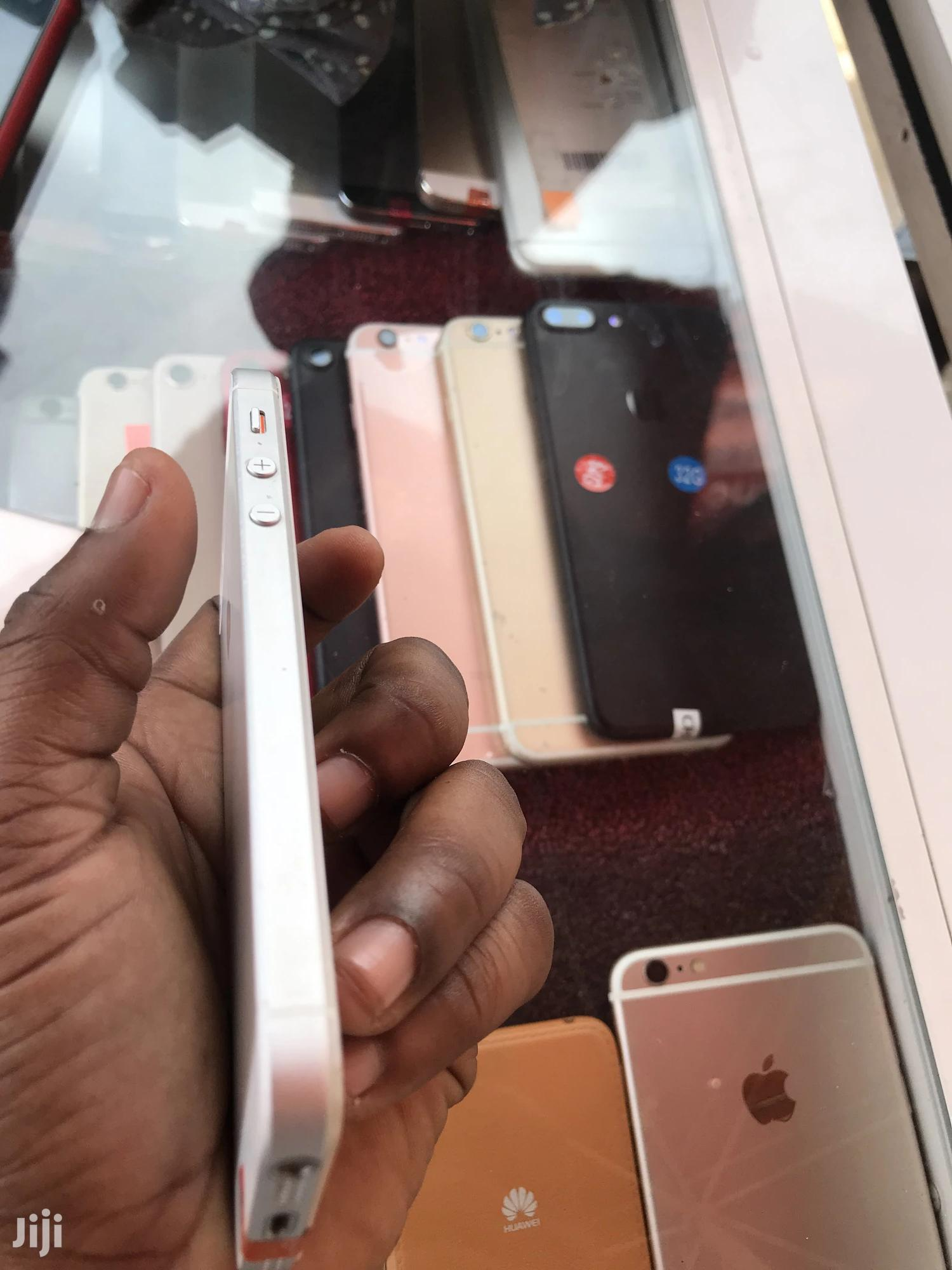 Apple iPhone 5s 16 GB Silver   Mobile Phones for sale in East Legon, Greater Accra, Ghana