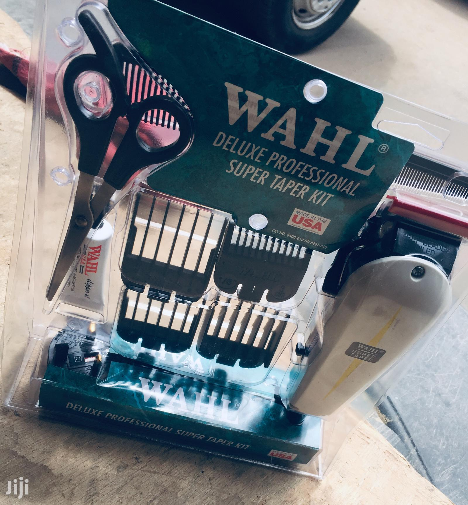 Wahl Deluxe Professional Super Taper Hair Clipper