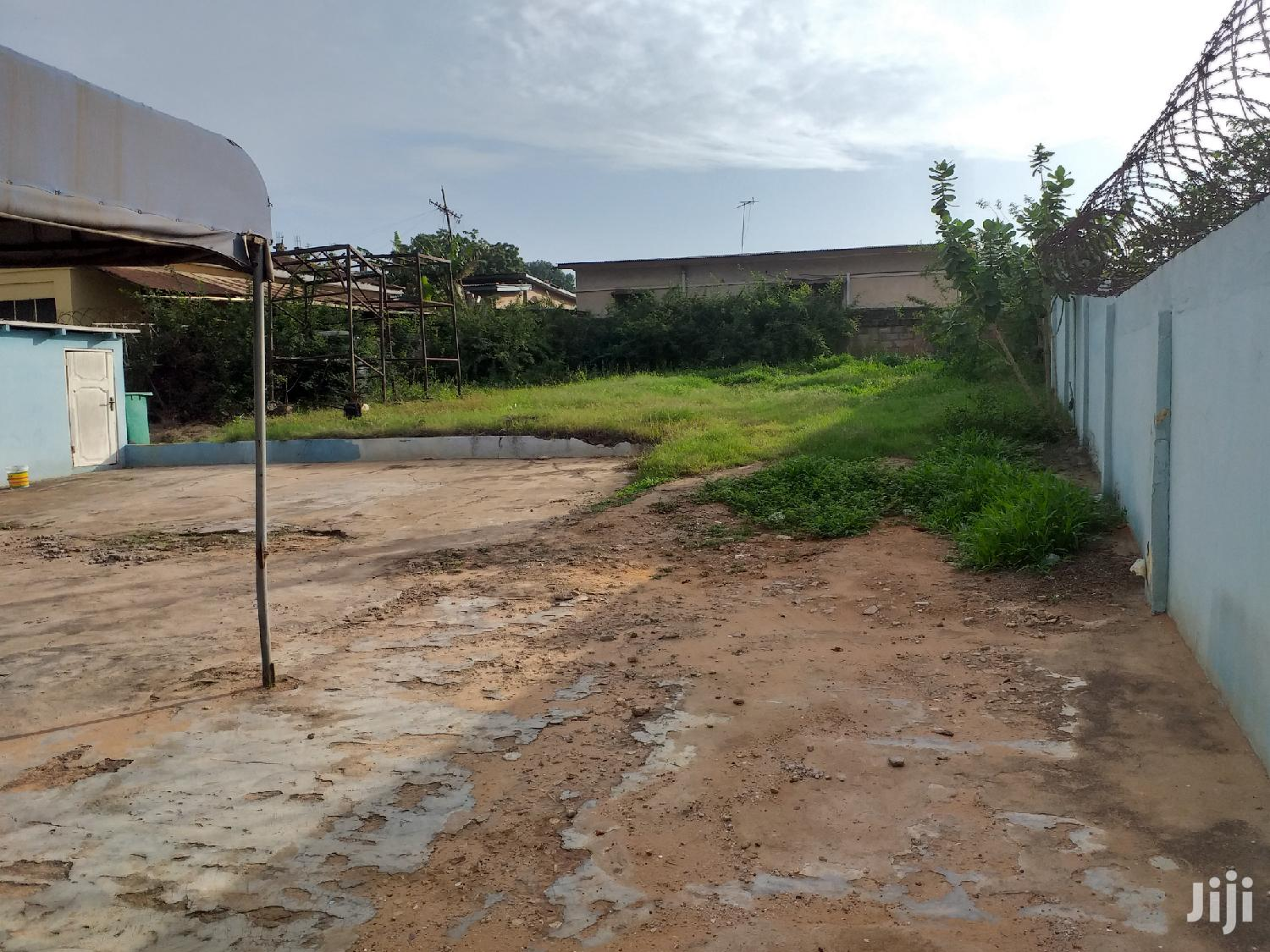 Commercial Property With Land For Sale | Commercial Property For Sale for sale in South Kaneshie, Greater Accra, Ghana