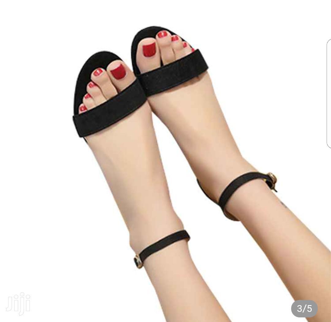 Women's Open Buckles Chunck Low Heel Sandals(Black)   Shoes for sale in Tema Metropolitan, Greater Accra, Ghana