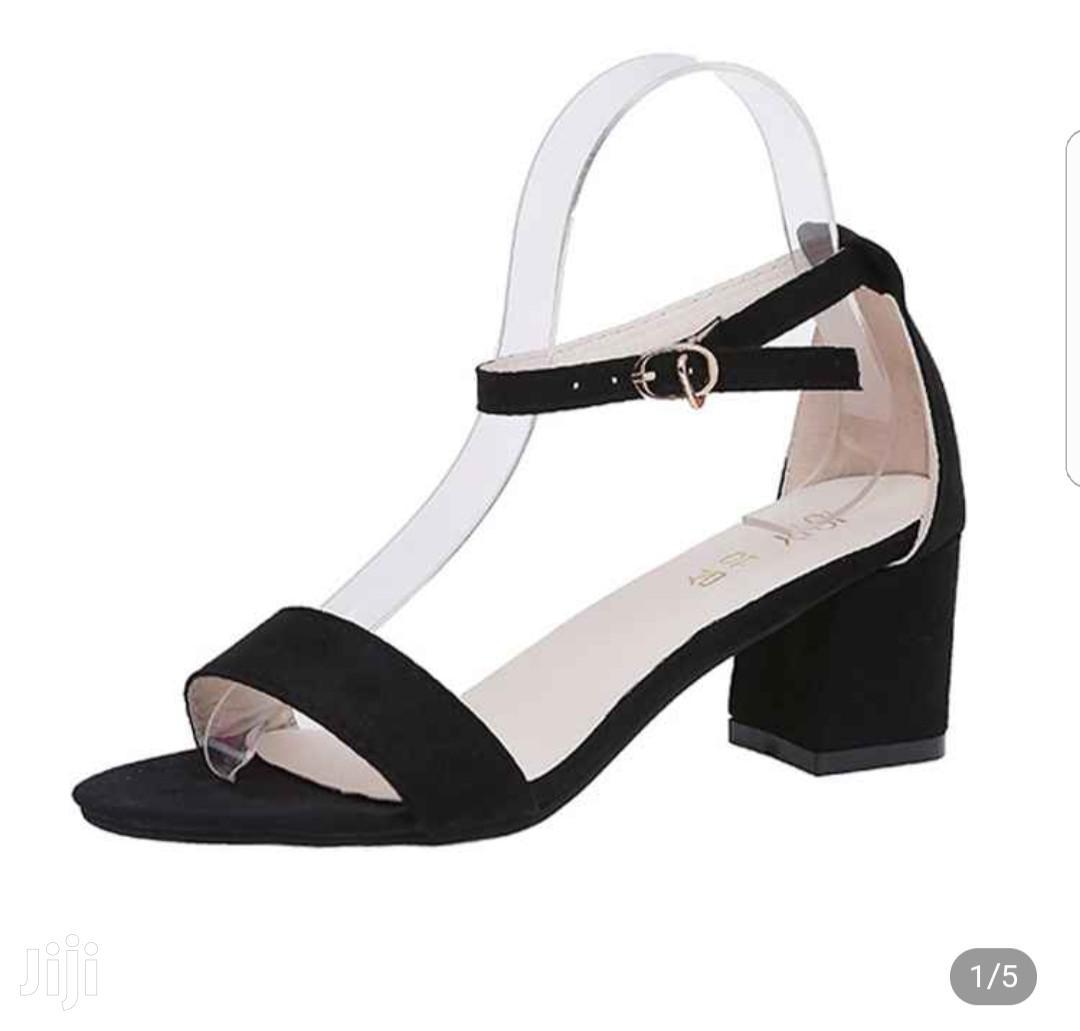 Women's Open Buckles Chunck Low Heel Sandals(Black)