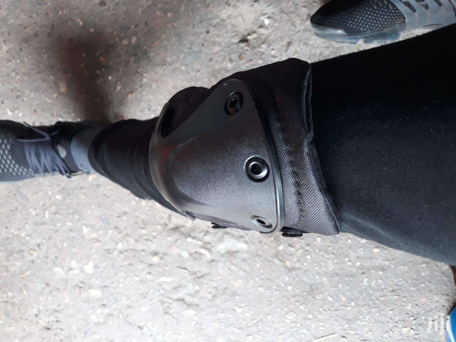 Original Knee And Air Bow Guard At Cool Price | Safety Equipment for sale in Dansoman, Greater Accra, Ghana