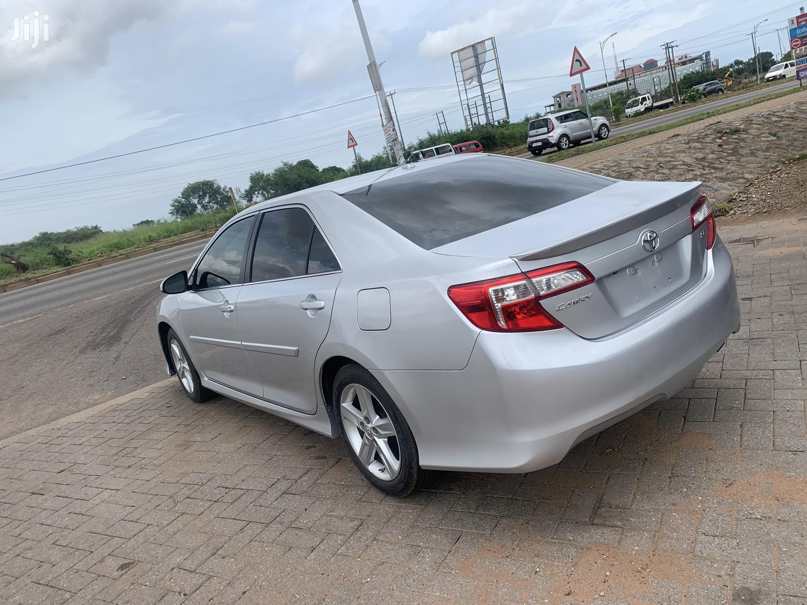 Toyota Camry 2014 Silver | Cars for sale in Achimota, Greater Accra, Ghana