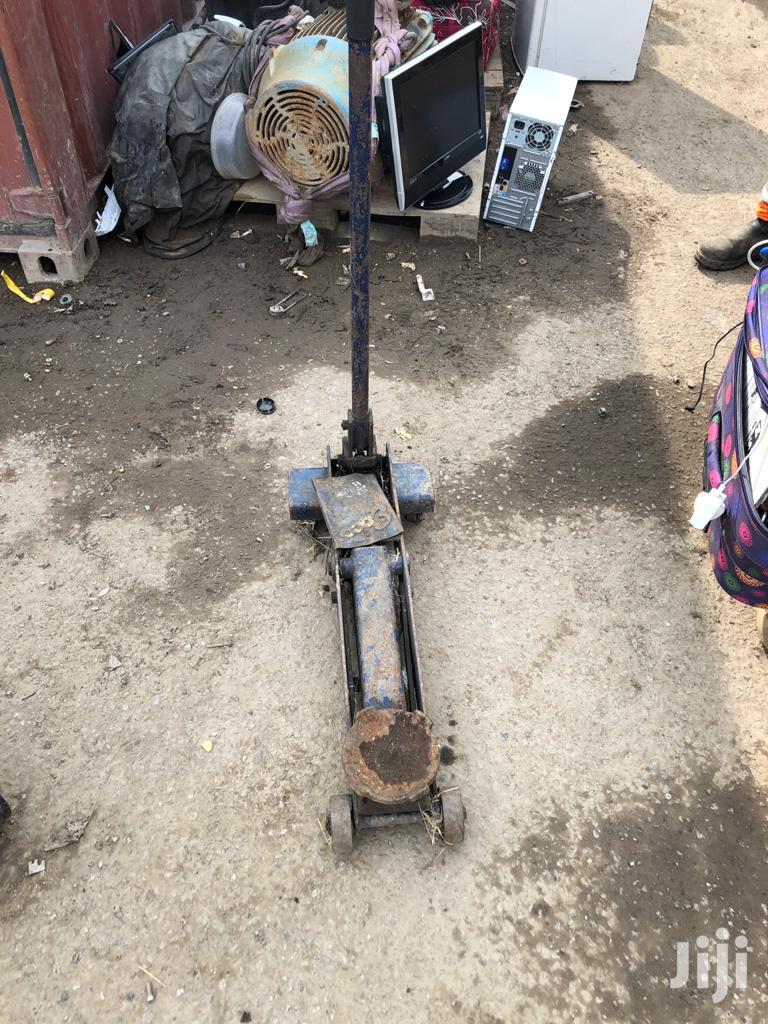 40 Tonne Jack | Vehicle Parts & Accessories for sale in Awutu-Senya, Central Region, Ghana