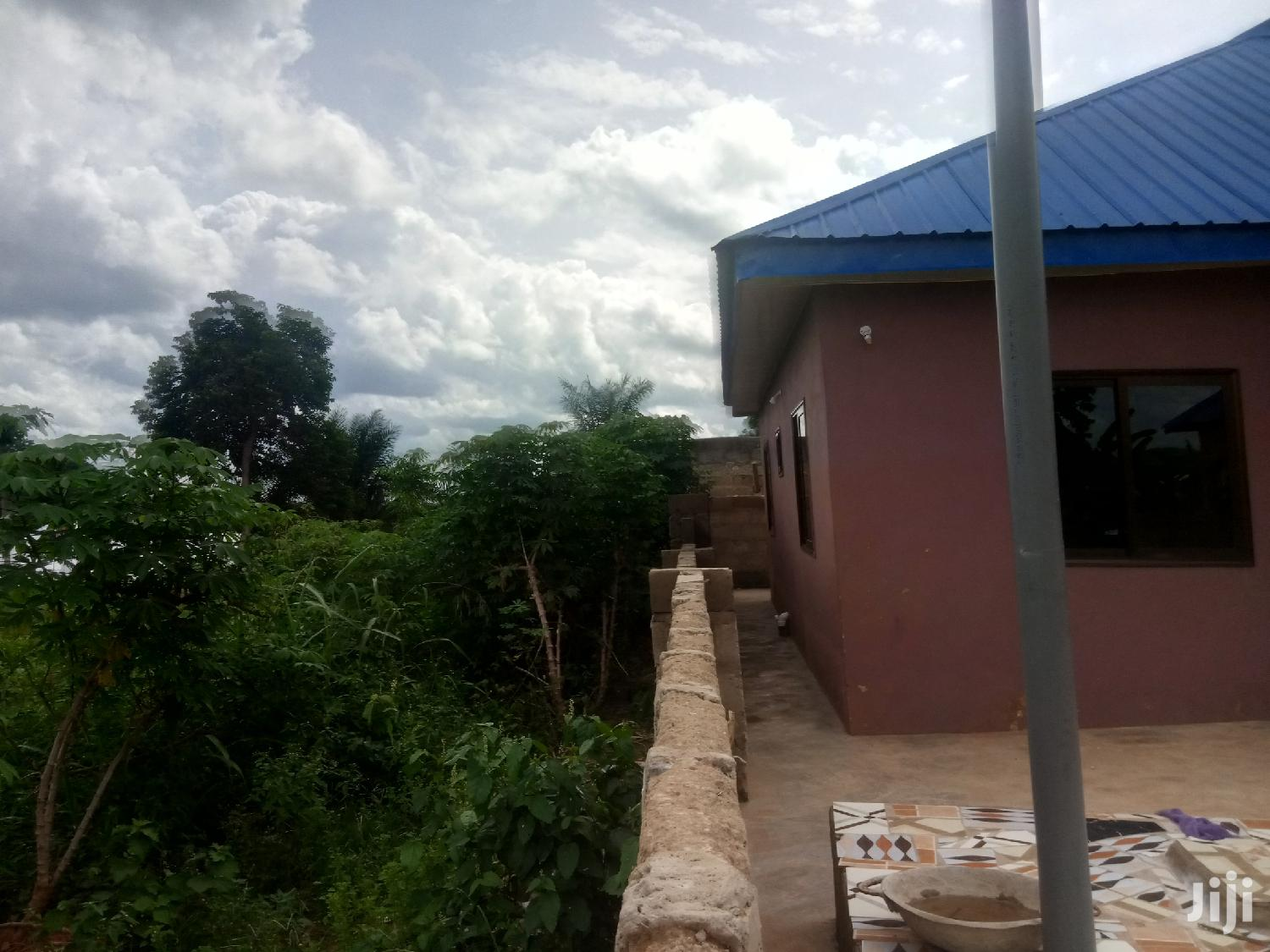3 Bedroom Bungalow With Spacious Compound And Shop