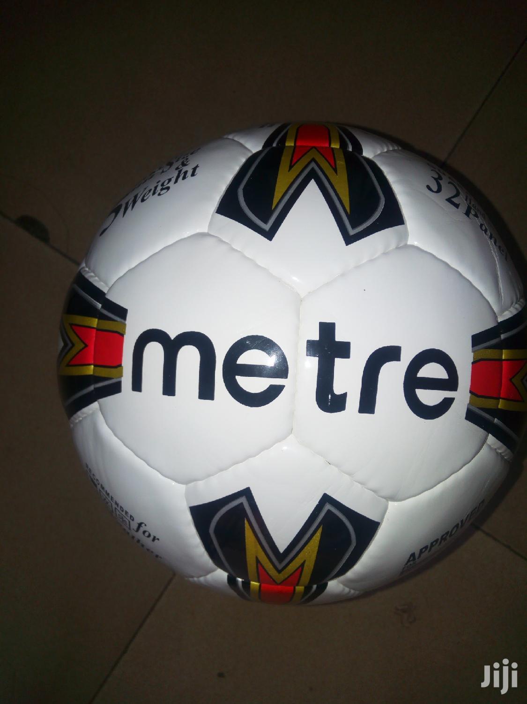 Metre Football