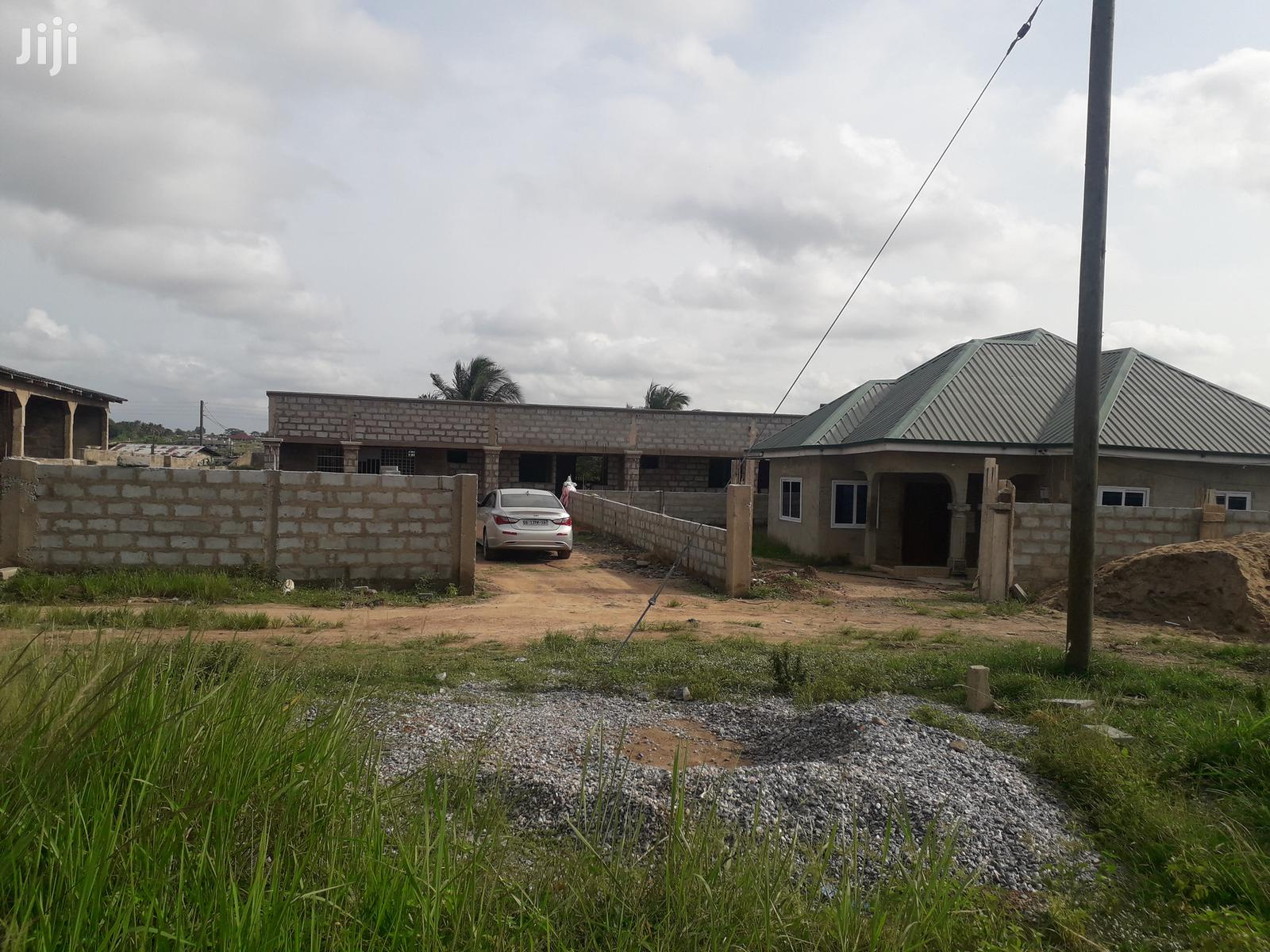 4master Bedroom Plus 3 C H Self Contain At Adjei Kotoku For Sale.