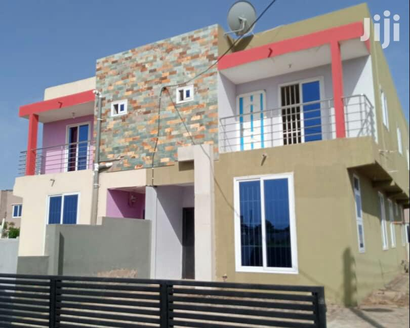 Three Bedroom House For Sale At Santoe Close To Motor Way