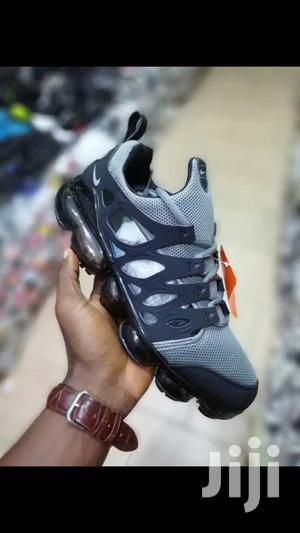 Chalapuka Nike Air Zoom Running Shoe | Shoes for sale in Kaneshie, North Kaneshie