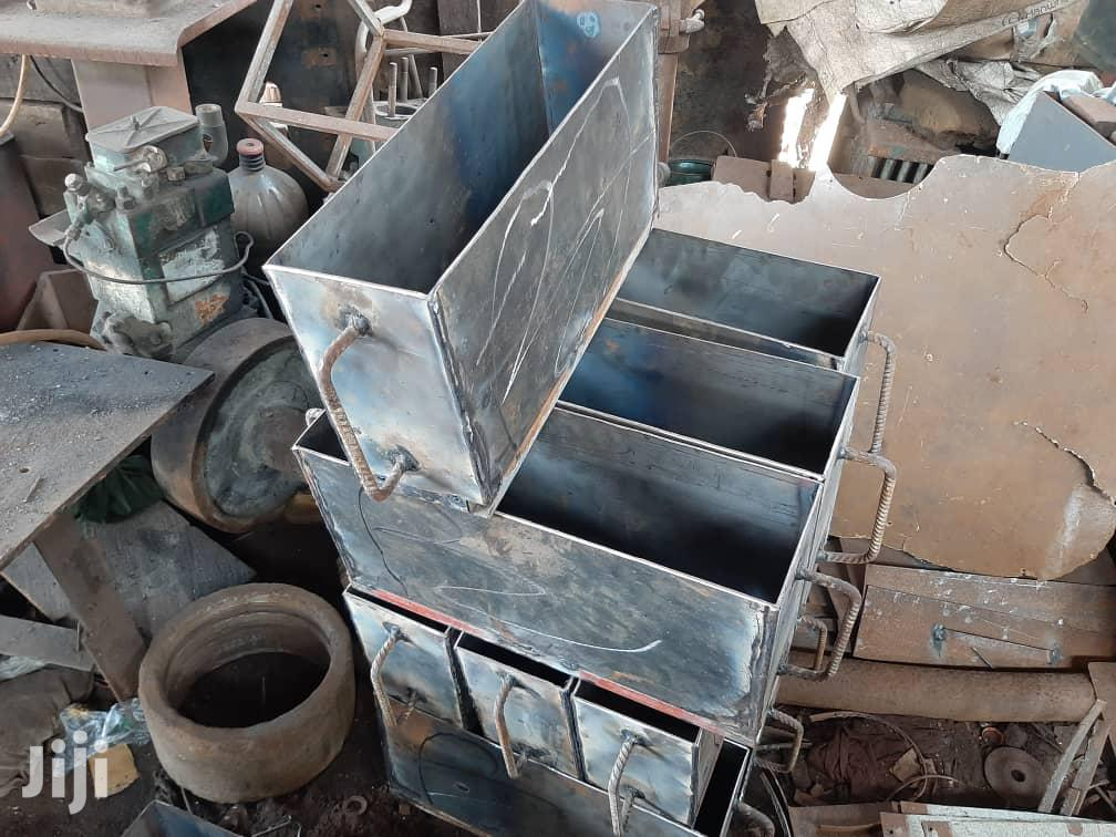 Hand Mould For Blocks